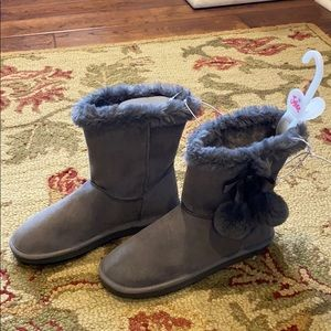 Justice girls gray fur lined boots NEW Sz 7